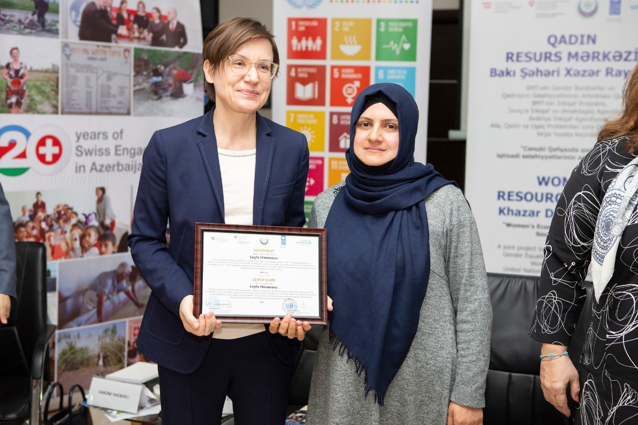 UNDP Eurasia Regional Director Mirjana Spoljaric visits Women's Resource Centre in Khazar