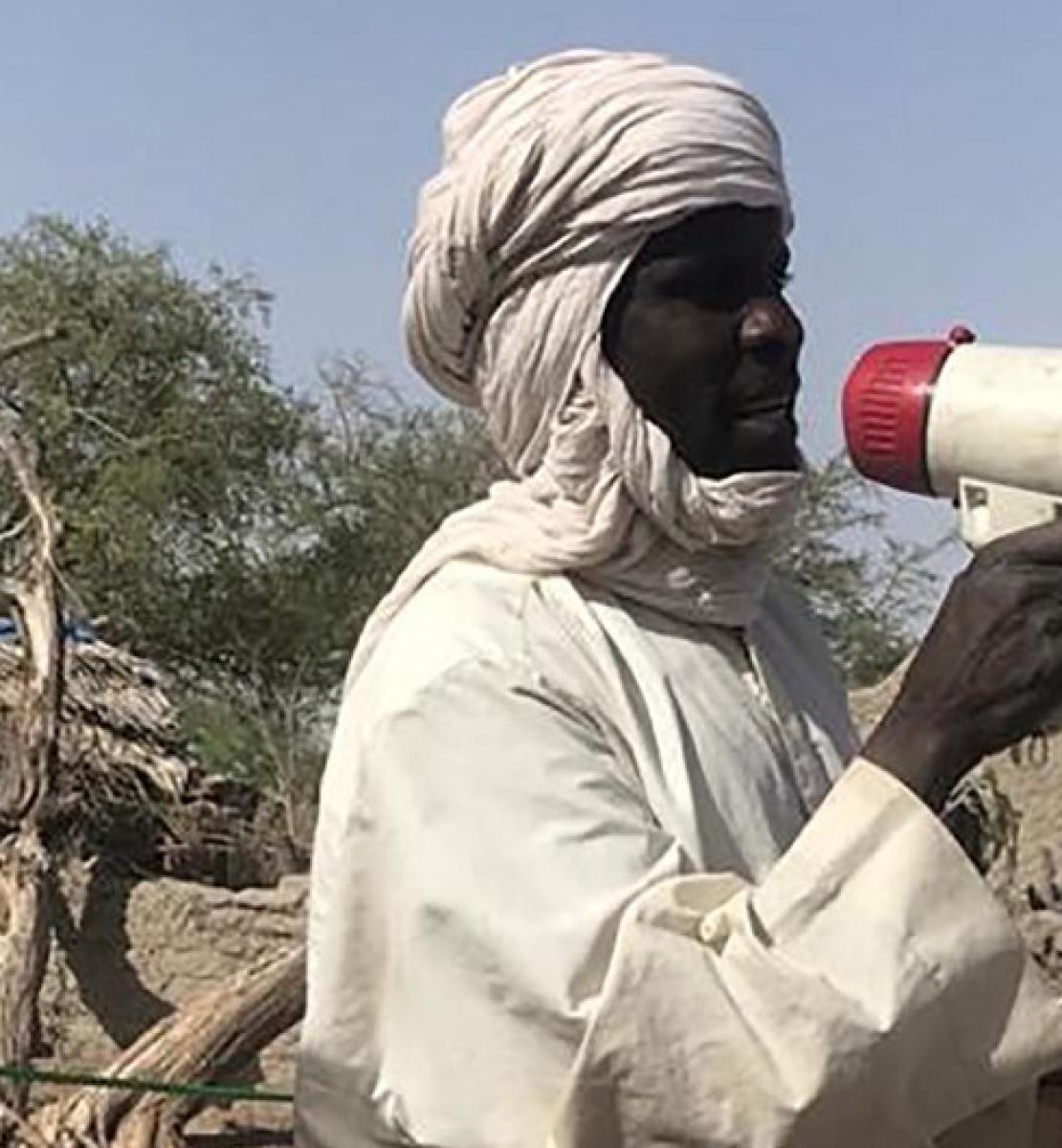 In Chad, 80 troubadours travel to eight provinces to educate people in isolated regions to promote healthy habits and dispel any doubts about COVID-19